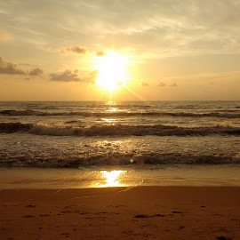 The Rising SUn by Venkatesh Venky - Nature Up Close Water ( breeze, freshness, sunrise, beach, early morning )