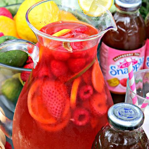 Raspberry Rum Punch Rezept | Yummly