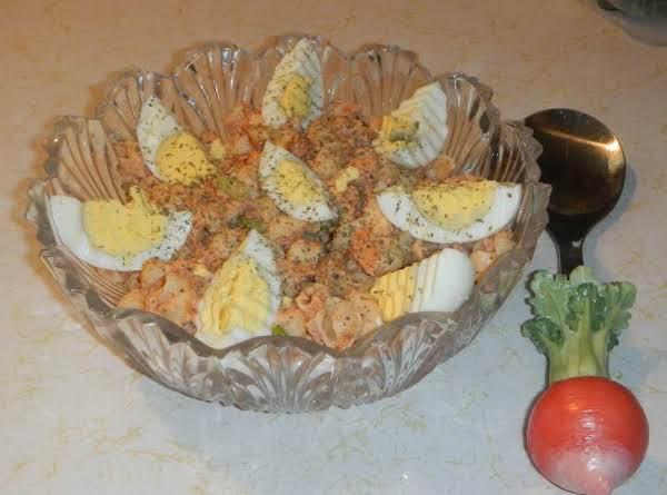 Salmon & Shells Salad