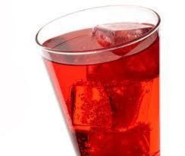 Cranberry/ Gingerale Fizz Recipe