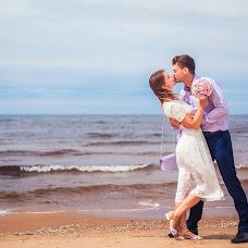 Wedding photographer Maksim Ronzhin (Mahik). Photo of 01.08.2015