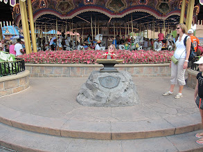 Photo: Fianna had to try The Sword in the Stone, mainly because everyone else was.
