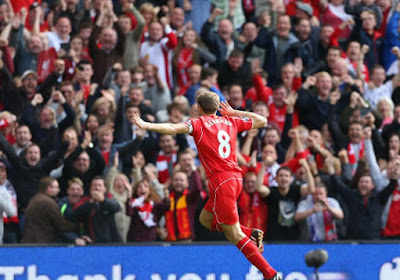 Le coup franc aussi beau qu'inutile de Gerrard...