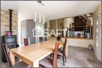 Maison 6 pièces 204 m2