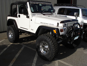 "Photo: 6 Inch Full Traction lift with 35"" Toyo M/T on 15x8 wheels"