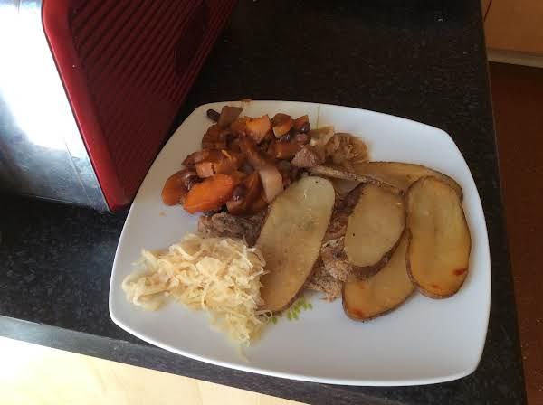 Herbed Pork Chops And Potatoes Recipe