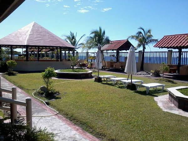 Juness Beach Resort