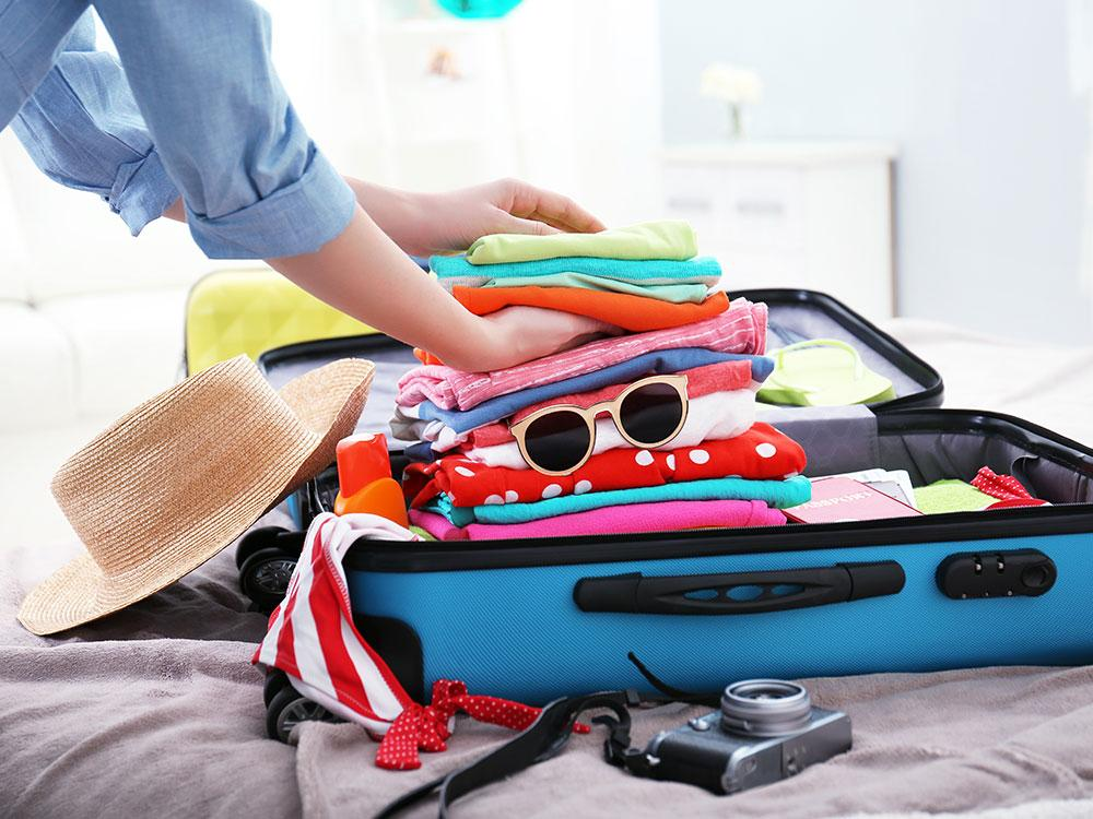uses-for-pillowcases-travel-laundry-bag
