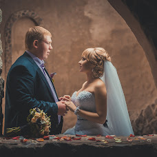 Wedding photographer Aleksandr Erofeev (erofeev31). Photo of 09.04.2014
