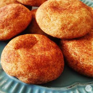 Easy Snickerdoodles Cookies.