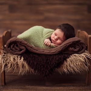 Baby-Roman-Newborn-October-2015-(57).jpg