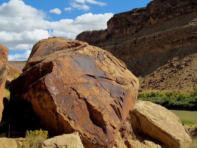 Another boulder with petroglyphs on it