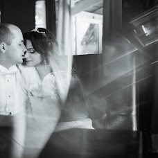 Wedding photographer Kristina Glova (KristinaGlova). Photo of 12.08.2015