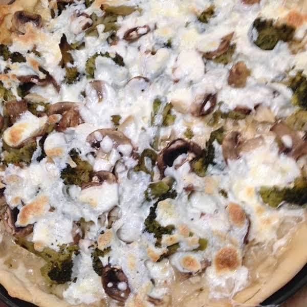 Easy White Chicken-broccoli Pizza Recipe