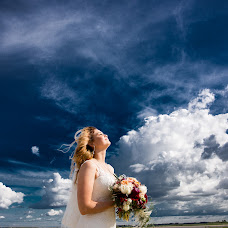 Wedding photographer Aleksandr Kostyunin (Surgutfoto). Photo of 06.02.2018