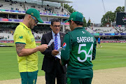 Pakistan captain Ahmed Sarfaraz and his South African counterpart Faf du Plessis at the toss at Lord's.