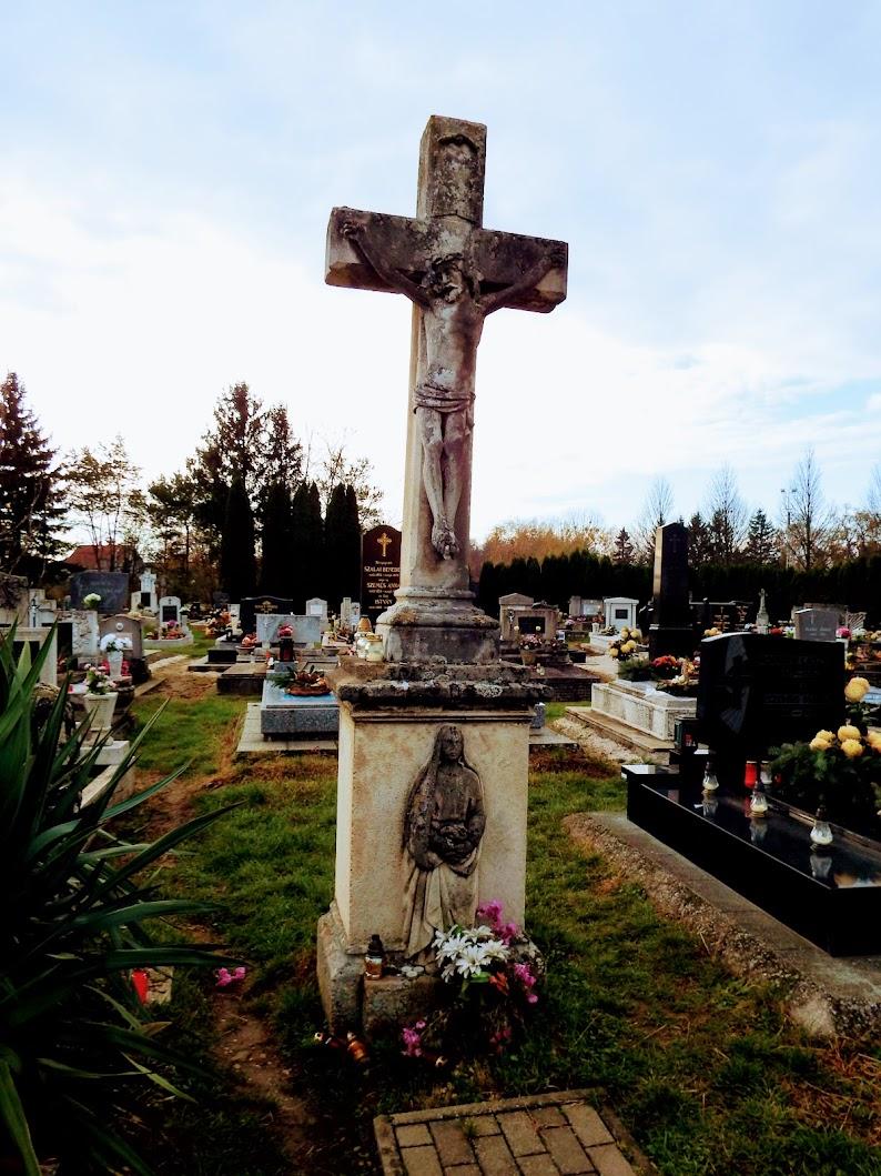 Vasszécseny - Nagyboldogasszony rk. templom a szécsenyi temetőkertben