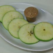 Apple Slices & Peanut Butter