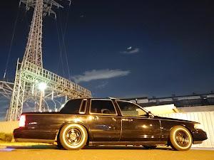 タウンカー  97年式 のカスタム事例画像 97 Lincoln  Town Carさんの2019年11月06日19:06の投稿