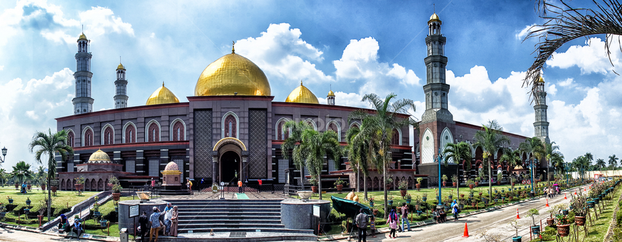 Masjid Kubah Emas by Dedi Wahyudi - Buildings & Architecture Public & Historical