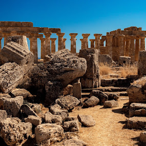 581a.C by André Figueiredo - Uncategorized All Uncategorized ( #temple #history #archeology #italy #landscape,  )