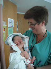 Photo: Dr Delisle, who took care of Mum throughout the pregnancy, was very happy to meet Audrey!
