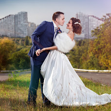 Wedding photographer Evgeniy Tuycyn (djdew). Photo of 09.04.2014