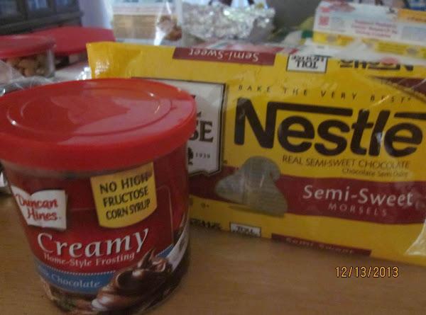 Two Ingredient Creamy Milk Chocolate Fudge Recipe
