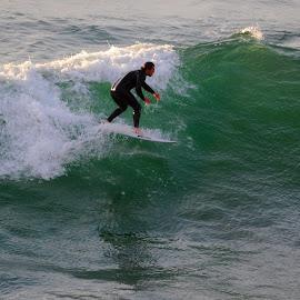 Fistral Surf by DJ Cockburn - Sports & Fitness Surfing ( fistral bay, surf, surfer, england, britain, cornwall, wetsuit, surfing, recreation, fistral beach, sea, wave, ocean, uk, atlantic ocean, man, watersport, sport )