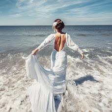 Wedding photographer Valeriy Shevchenko (Valeruch94). Photo of 21.08.2014