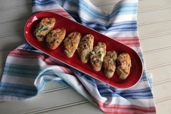 Jalapeno Popper Toasts Recipe