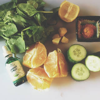 Simple Detox Green Juice.