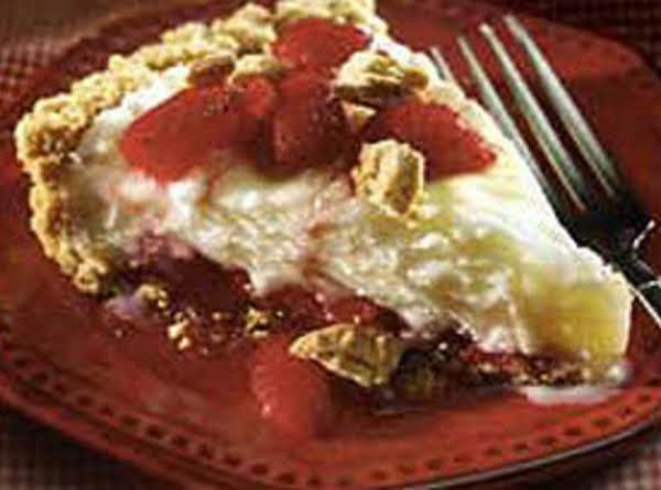 Strawberry Nutter Butter Pie