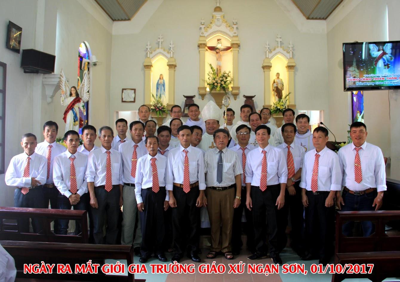 Giáo xứ Ngạn Sơn: Thánh lễ Bổn mạng và Làm phép Nhà mới - Ảnh minh hoạ 26