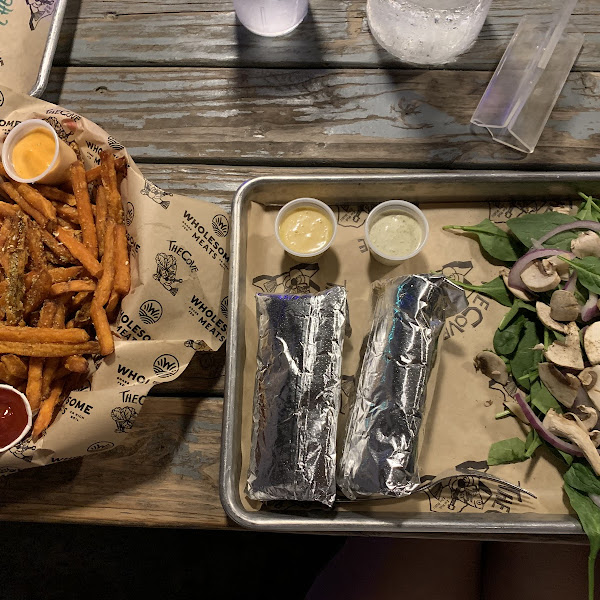 The Lisa Special (two fish tacos in blue corn tortillas) and sweet potato fries.
