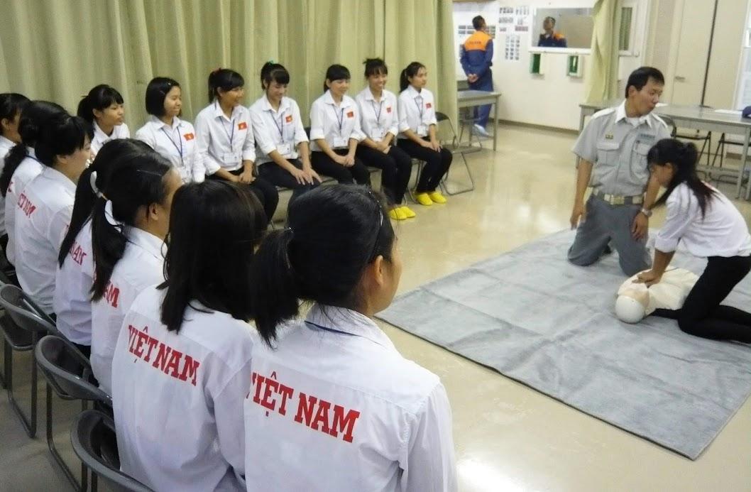 Trang bị kỹ năng cho lao động Việt Nam khi ra nước ngoài làm việc