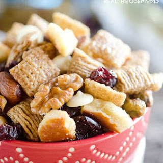 Cranberry Cinnamon Snack Mix