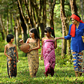together,.... by Lie Oktevianus - People Group/Corporate