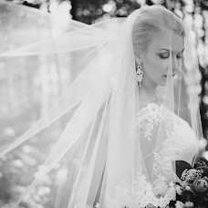 Wedding photographer Olga Krukovskaya (Sayuri83). Photo of 06.08.2017