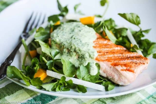 Grilled Salmon with Herb Yogurt Sauce Recept | Yummly
