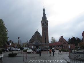 Photo: wagenrust bij de St-Aybertkerk