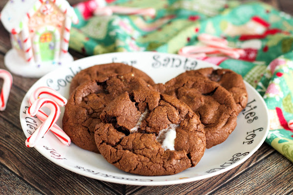 Peppermint Hot Chocolate Cookies Recipe