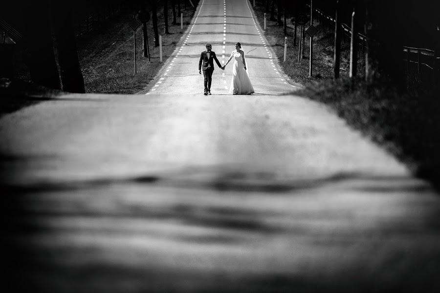 Bryllupsfotograf Cristiano Ostinelli (ostinelli). Bilde av 11.05.2019