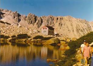 Photo: 1989 - Bariloche, Campamento anual Tropa, Cabaña y Postas Frey