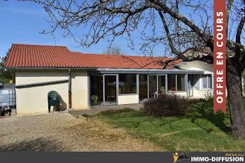 maison à Bâgé-le-Châtel (01)