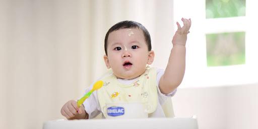 dinh-duong-va-thoi-quen-an-uong-can-phai-tuan-thu-cua-be-do-tuoi-chap-chung-tu-1-3-01