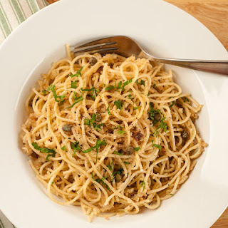 Spaghetti with Garlic Breadcrumbs and Anchovies