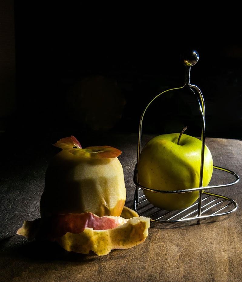 mela in gabbia di Zerosedici