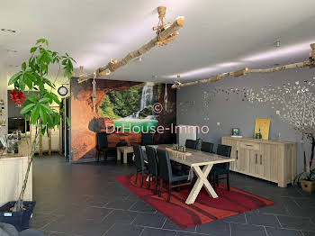 Maison 6 pièces 177 m2