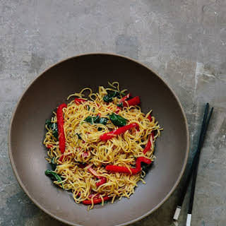 How To Stir-Fry Noodles.